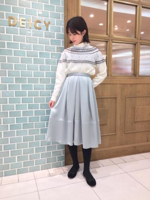 サテンタックフレアスカート☆